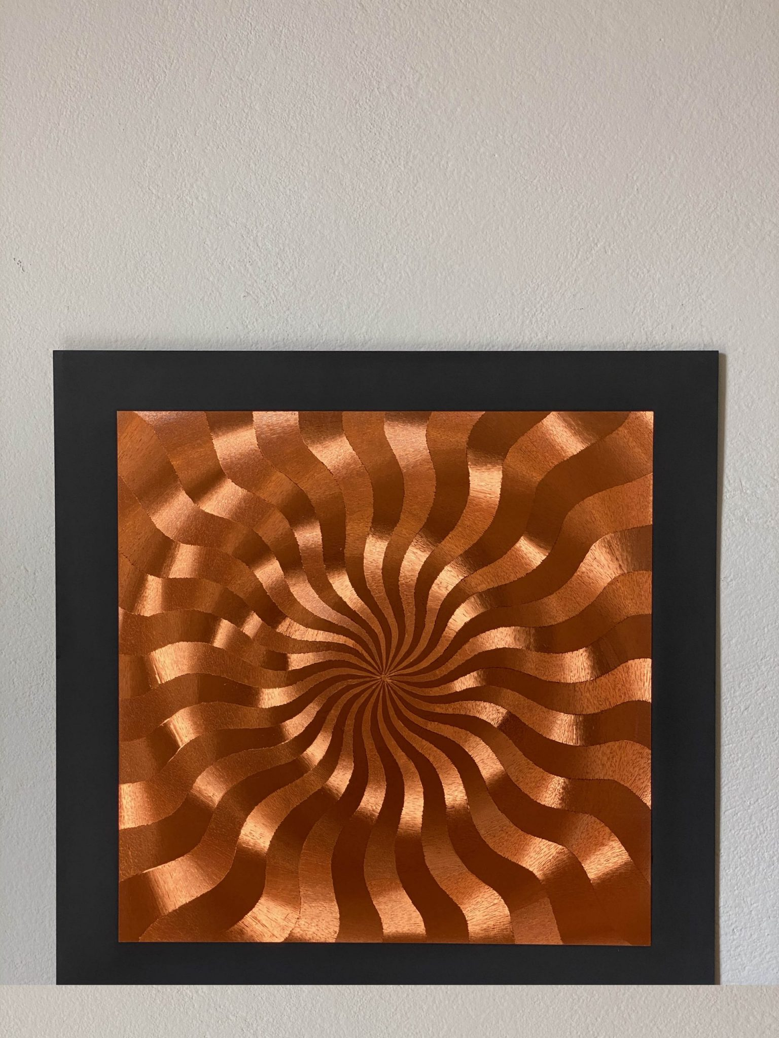 abstract-center-lines-bronze-40-x-40-gravure-foil-art-etching